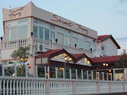 Saint Tropez Restaurant